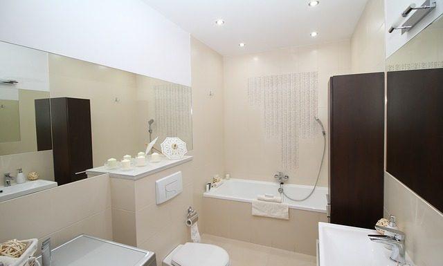 Decoración de baño estilo moderno